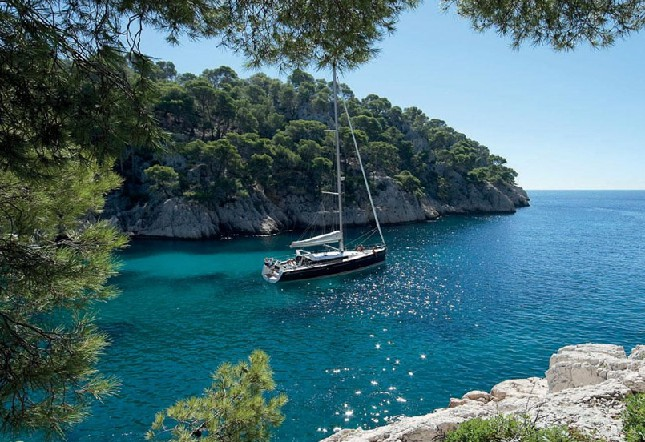 Sailing Destinations In The Mediterranean or Caribbean
