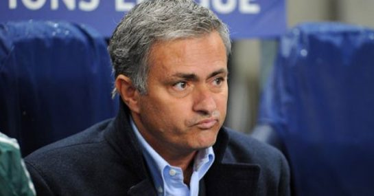 Can Jose Mourinho Risk Wins To Develop Chelsea Football Club's Younger Talent?