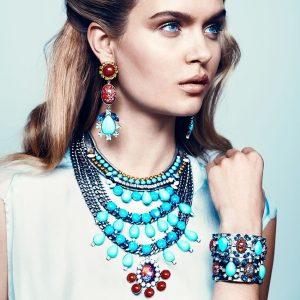 Wanna See You Gorgeous? Use Stylish Jewelry