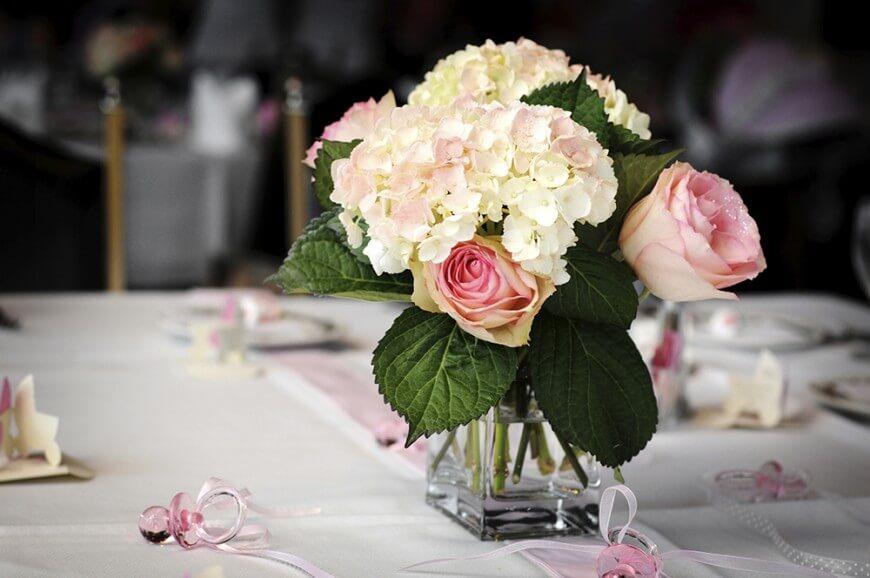 Arranging Hydrangea As The Centerpiece Table Arrangement