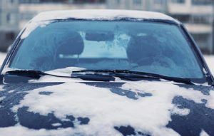 How Your Auto Glass Can Survive Cold Winters