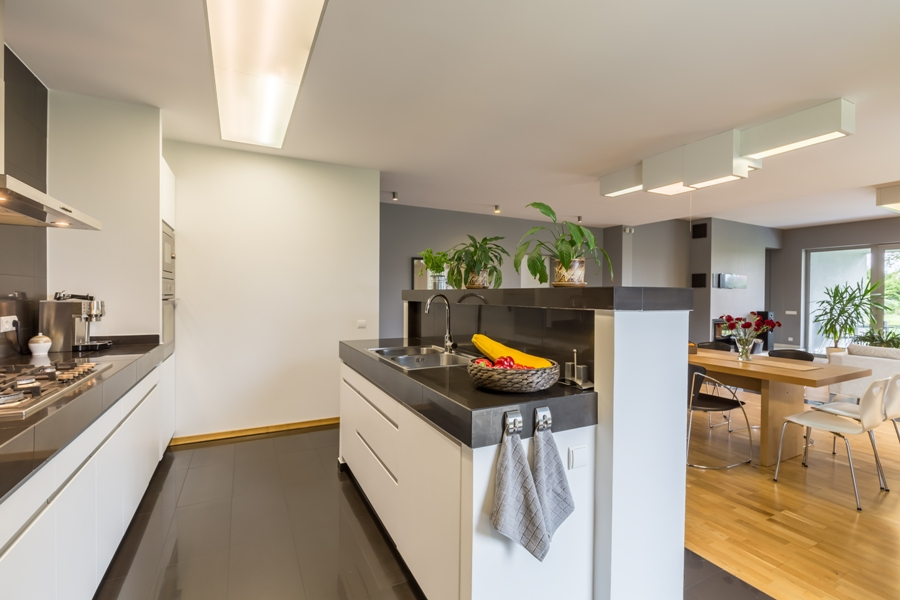 4 Ways To Make Your Kitchen Look Spacious
