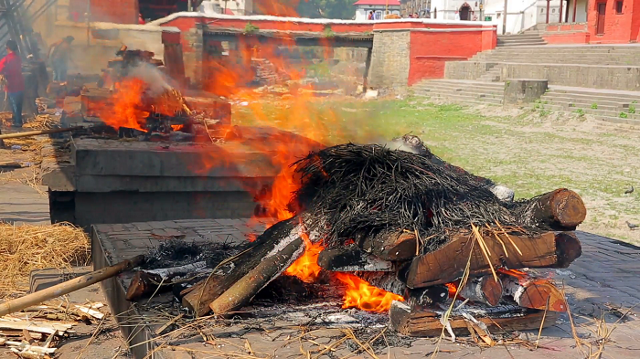 Cremation In Pashupatinath
