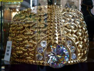 Biggest Gold Ring in the World