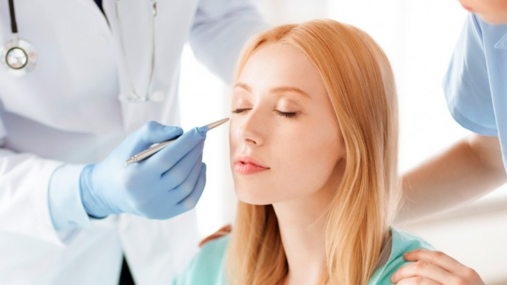 Everything You Should Know Before Deciding To Do A Plastic Surgery