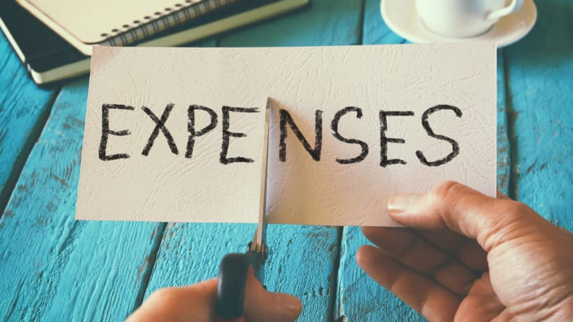 Doable Ways To Cut Your Monthly Expenses